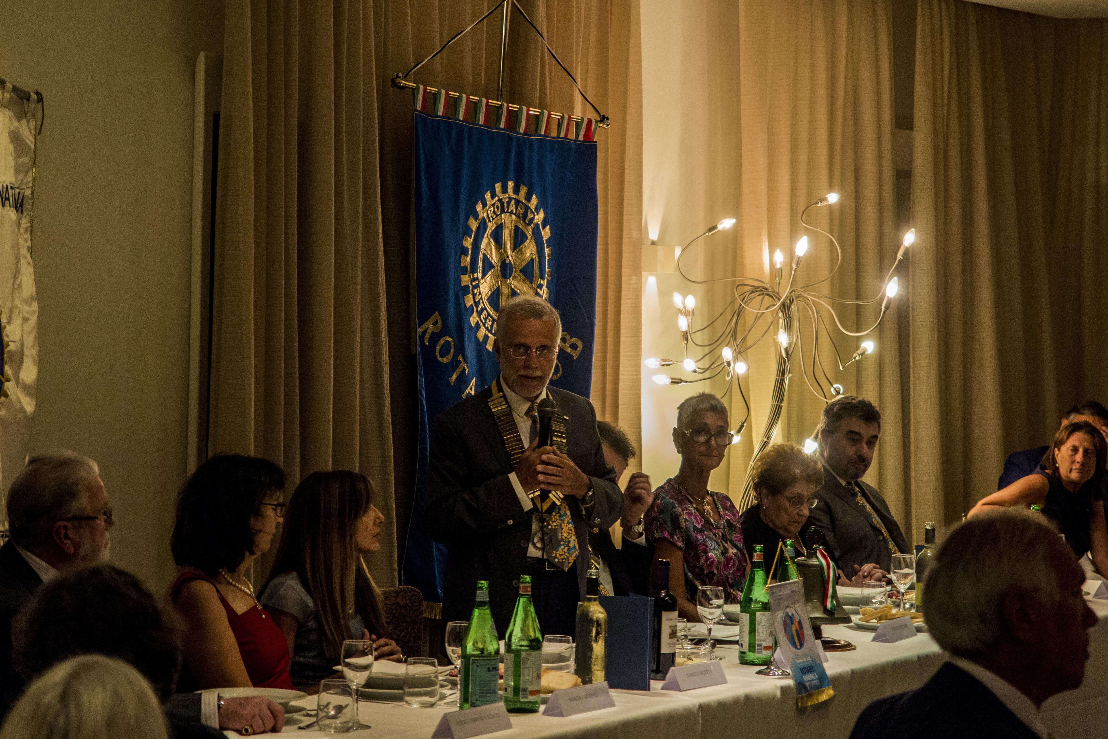 Rotary 1 Governatore