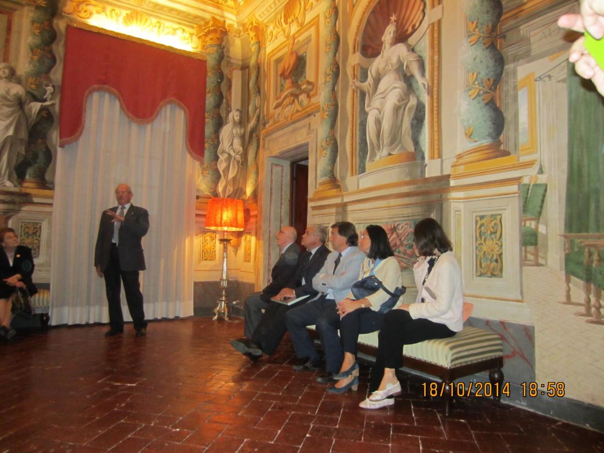 Festa del vino festa dell amicizia rotariana rotary for Piani di palazzo con piscina coperta