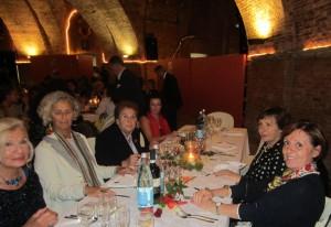 Da sinistra in senso orario: Carla Vallesi, Eva Frizzi, Marta Terrosi Vagnoli, Letizia De Felice , Silvana Tomei e Lucia Fornaciari