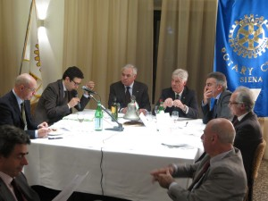 La presentazione del bilancio consuntivo 2013-2014 da parte del Tesoriere Guido Frezzotti
