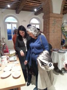La nostra socia Annalisa Albano con la mamma signora Daniela in visita al locali della cooperativaRiuscita Sociale