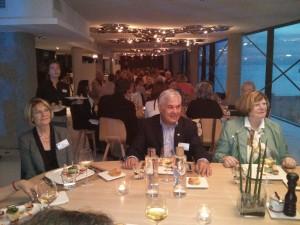 Il Presidente del Rc Siena Sandro Fornaciari con , a destra, la Presidente del Rc Valence Beatrice Rey alla cena a Marsiglia.